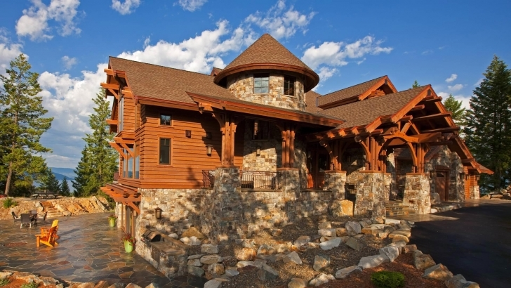Great Idaho-Mountain-Style-Home-Exterior-Entrance Rustic Mountain Homes For Sale Image