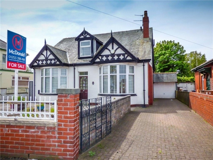 Interesting Saint Walburga's Road, Blackpool, Lancashire 3 Bed Detached Bungalow Three Bedroom Bungalows For Sale In Blackpool Image
