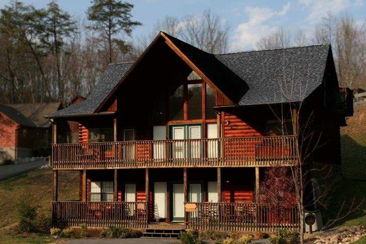 Marvelous Log Homes - Pros And Cons ? (Refinish, Color, Stain, Insulation Painted Log Homes Exterior Photo
