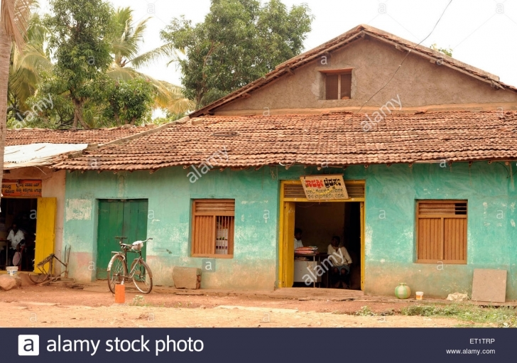 Top Old Indian Villages House Stock Photos & Old Indian Villages House Old Indian House Pic Photo