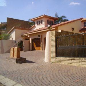 Beautiful Houses In Africa