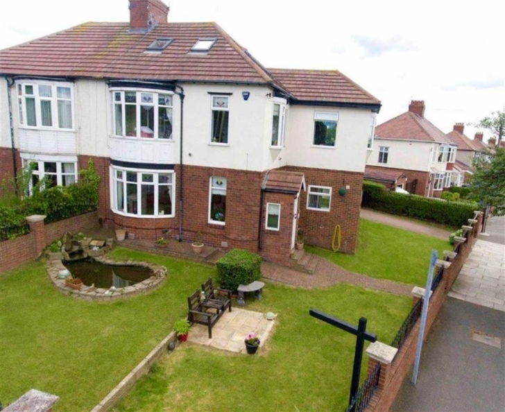 Best King George Road, South Shields 5 Bed Semi-Detached House For Sale Five Bedroom House For Sale South Shields Pic