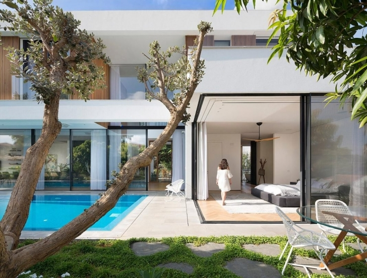 Best L Shaped House Designed To Have The Park With Eucalyptus Trees Seen L Shaped House Photo