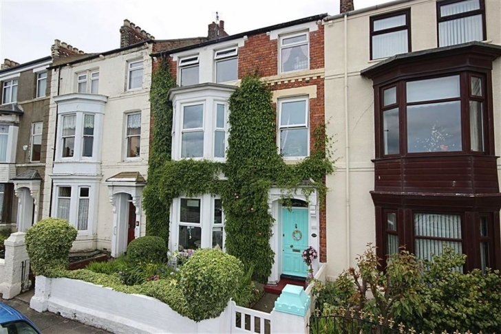 Brilliant Seaview Terrace, South Shields, Tyne And Wear - Goldfinch Estate Five Bedroom House For Sale South Shields Picture