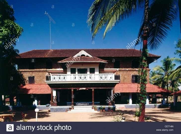 Fascinating Aad 82406 : Old Indian House Bunglow Palm Trees Palghat Kerala India Old Indian House Pic Picture