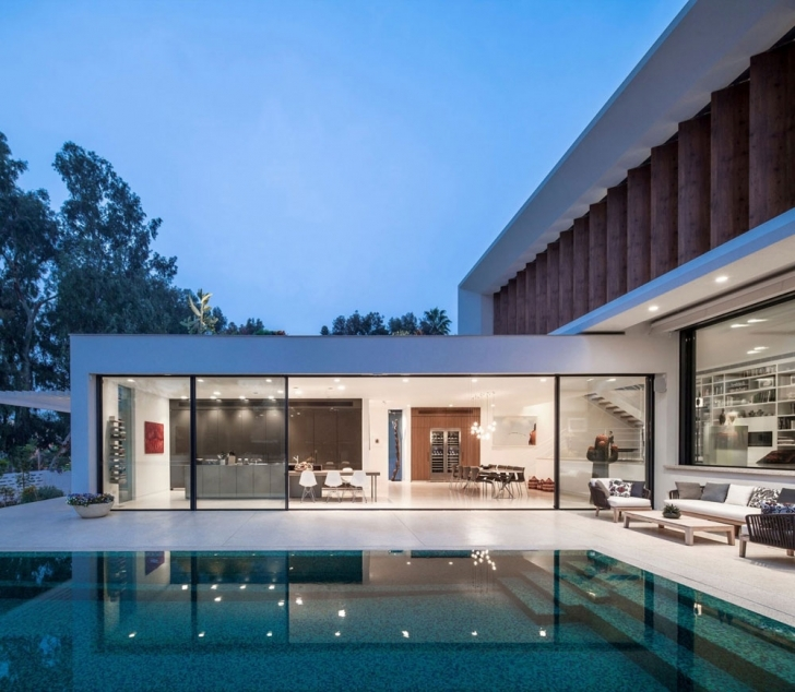 Gorgeous Amazing Tv House A True Wonder Of Modern Architecture With Modern L Shaped House Image