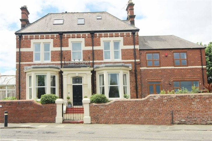 Inspiring Seaview Terrace, South Shields, Tyne And Wear - Goldfinch Estate Five Bedroom House For Sale South Shields Photo