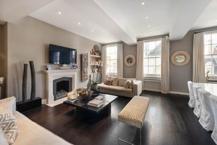 Most Inspiring 3 Bedroom Flat For Sale In Pont Street, Knightsbridge, London Three Bedroom Flat For Sale Pic
