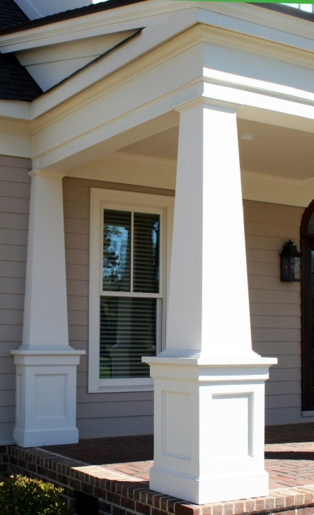 Picture of I Love The Horizontal/roof Line Trim Work On This! The Columns Aren Front House Square Pillar Designs Pic
