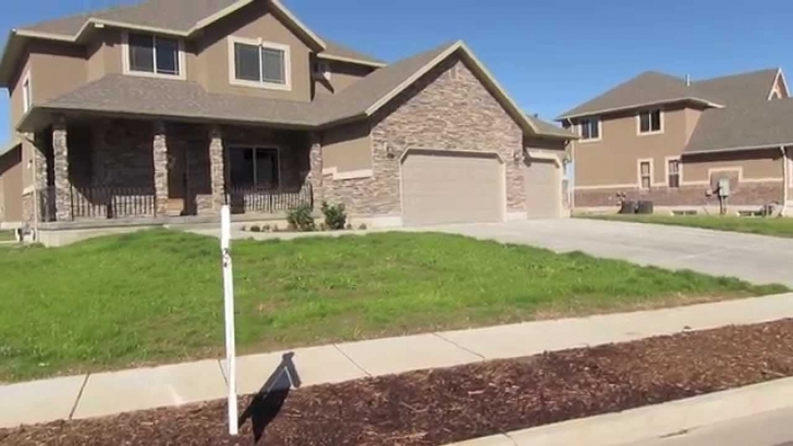 Popular 5 Bedroom 3 Bath 2-Story Home For Sale In Kaysville Utah (Real Three Bedroom House For Sale Image