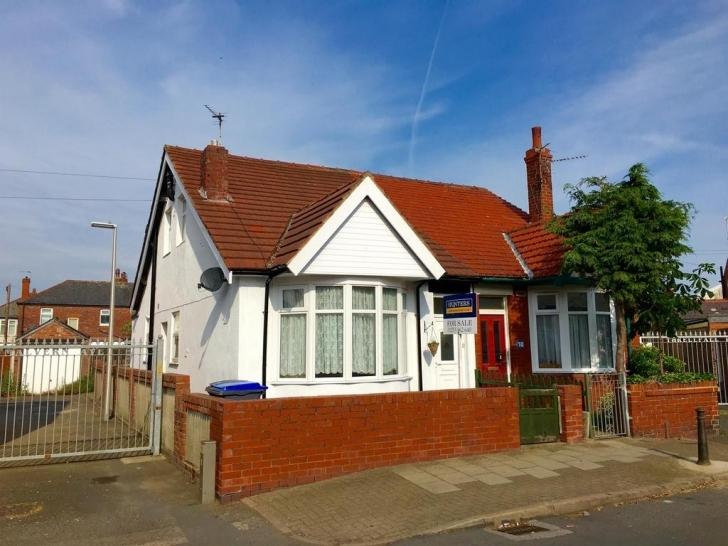 Splendid Threlfall Road, South Shore, Blackpool, Fy1 6Nn 3 Bed Semi-Detached Three Bedroom Bungalows For Sale In Blackpool Image